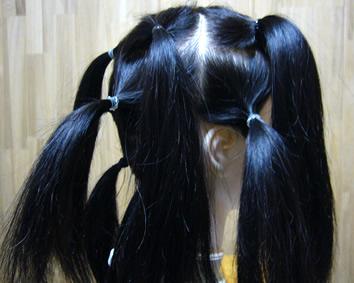 自毛はいくつかに分けて結びましょう